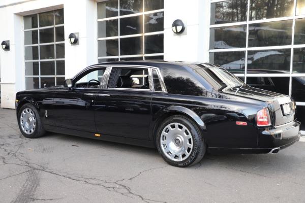 Used 2015 Rolls-Royce Phantom EWB for sale $299,900 at Bugatti of Greenwich in Greenwich CT 06830 7