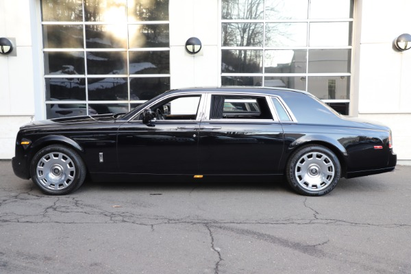 Used 2015 Rolls-Royce Phantom EWB for sale $299,900 at Bugatti of Greenwich in Greenwich CT 06830 8