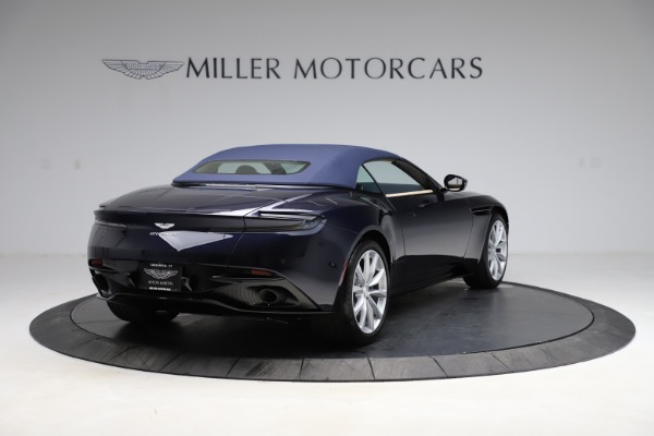 New 2021 Aston Martin DB11 Volante Convertible for sale $274,916 at Bugatti of Greenwich in Greenwich CT 06830 25