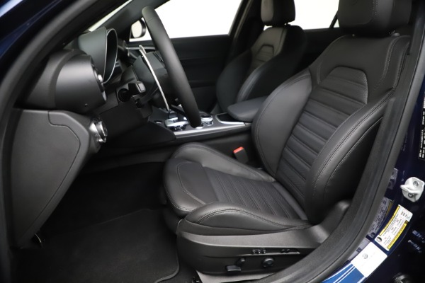 New 2021 Alfa Romeo Giulia Ti Sport Q4 for sale $52,100 at Bugatti of Greenwich in Greenwich CT 06830 15