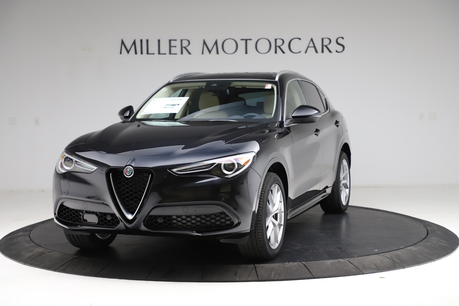 New 2021 Alfa Romeo Stelvio Ti Lusso Q4 for sale $57,750 at Bugatti of Greenwich in Greenwich CT 06830 1