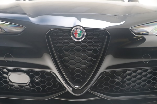 New 2021 Alfa Romeo Giulia Ti Sport Q4 for sale $56,300 at Bugatti of Greenwich in Greenwich CT 06830 13