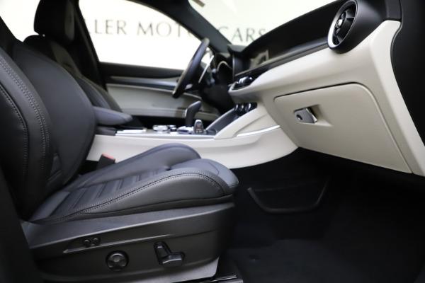New 2021 Alfa Romeo Stelvio Ti Sport Q4 for sale Sold at Bugatti of Greenwich in Greenwich CT 06830 23