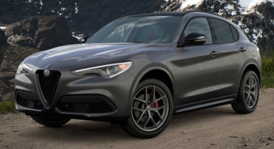 New 2021 Alfa Romeo Stelvio Ti Sport Q4 for sale $56,750 at Bugatti of Greenwich in Greenwich CT 06830 1