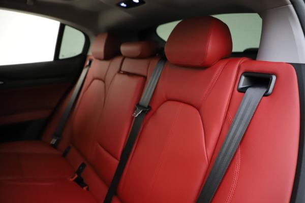 New 2021 Alfa Romeo Stelvio Q4 for sale $48,050 at Bugatti of Greenwich in Greenwich CT 06830 18