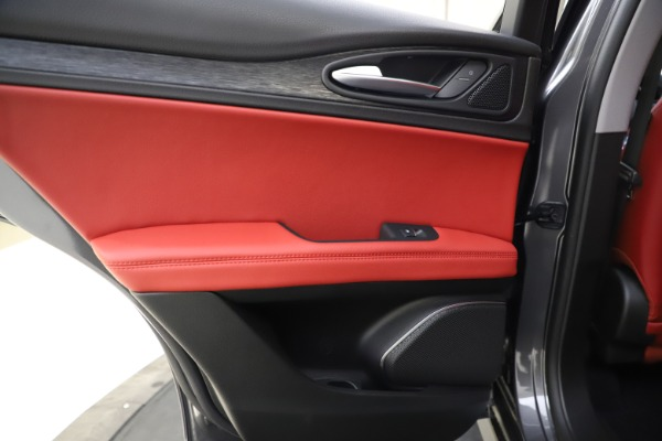 New 2021 Alfa Romeo Stelvio Q4 for sale $48,050 at Bugatti of Greenwich in Greenwich CT 06830 21