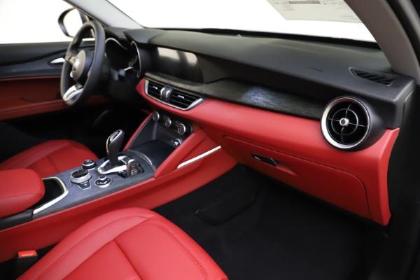 New 2021 Alfa Romeo Stelvio Q4 for sale $48,050 at Bugatti of Greenwich in Greenwich CT 06830 22