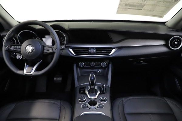 New 2021 Alfa Romeo Stelvio Ti Q4 for sale $55,900 at Bugatti of Greenwich in Greenwich CT 06830 16