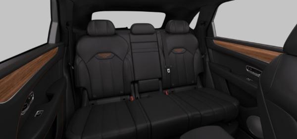 New 2021 Bentley Bentayga Hybrid V6 for sale $204,055 at Bugatti of Greenwich in Greenwich CT 06830 7