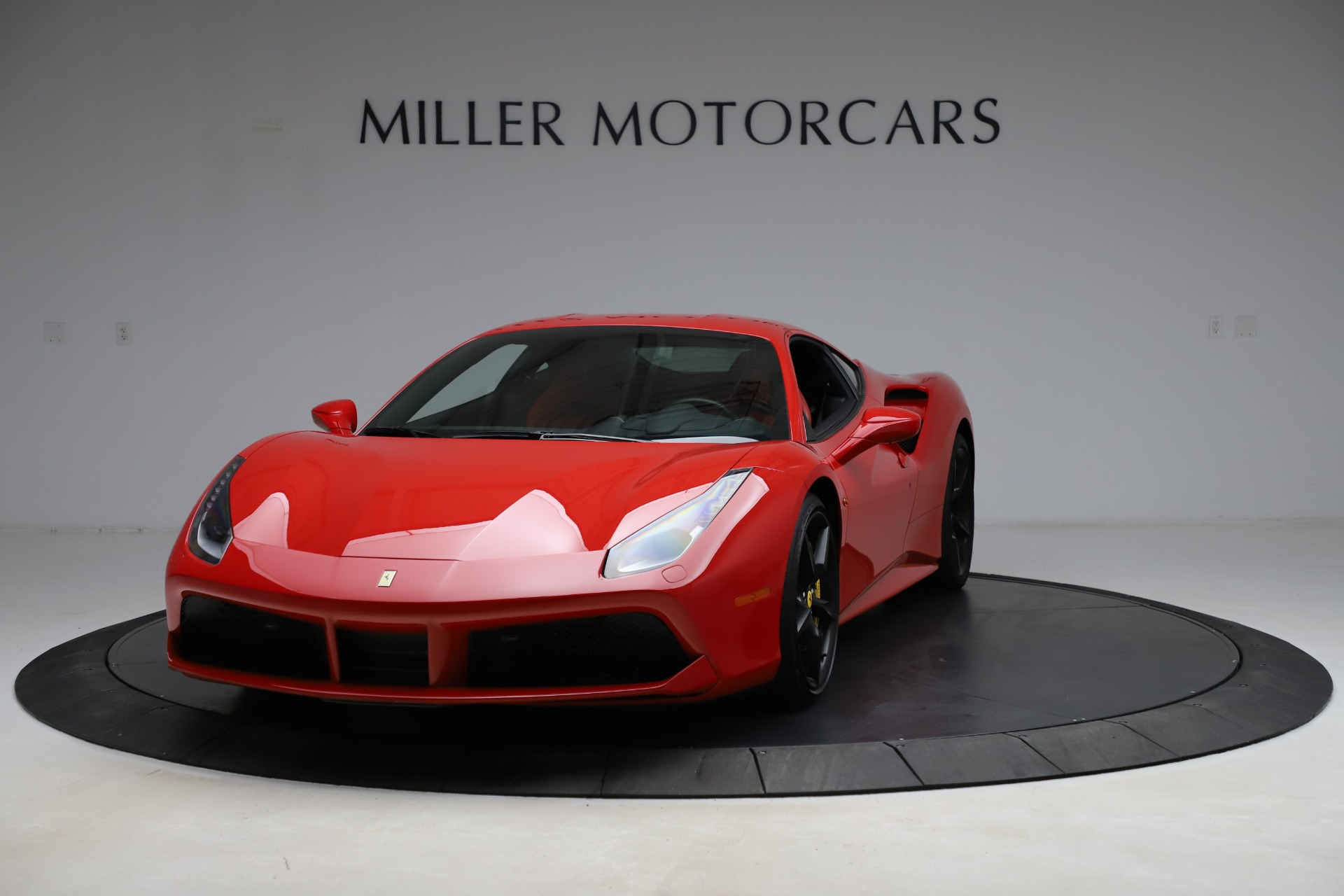 Used 2018 Ferrari 488 GTB for sale $209,900 at Bugatti of Greenwich in Greenwich CT 06830 1