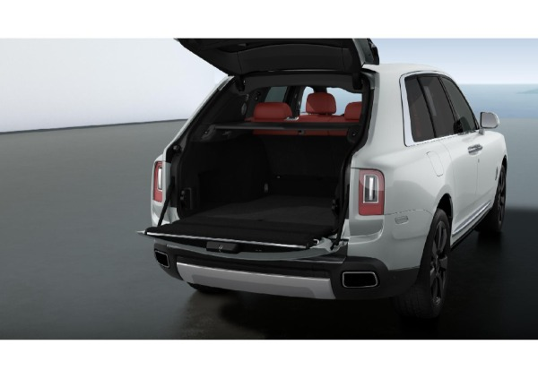 New 2021 Rolls-Royce Cullinan for sale $391,375 at Bugatti of Greenwich in Greenwich CT 06830 4