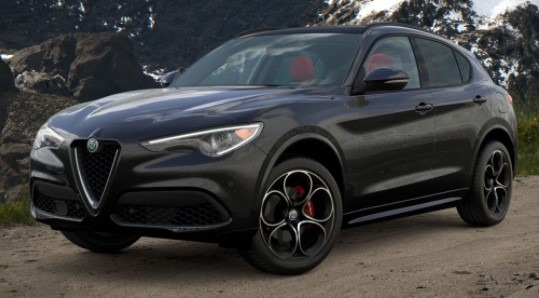 New 2021 Alfa Romeo Stelvio Ti Sport Q4 for sale $57,850 at Bugatti of Greenwich in Greenwich CT 06830 1