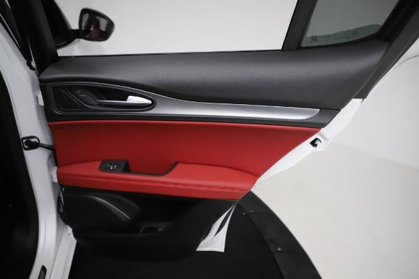 New 2021 Alfa Romeo Stelvio Ti Sport Q4 for sale Sold at Bugatti of Greenwich in Greenwich CT 06830 27