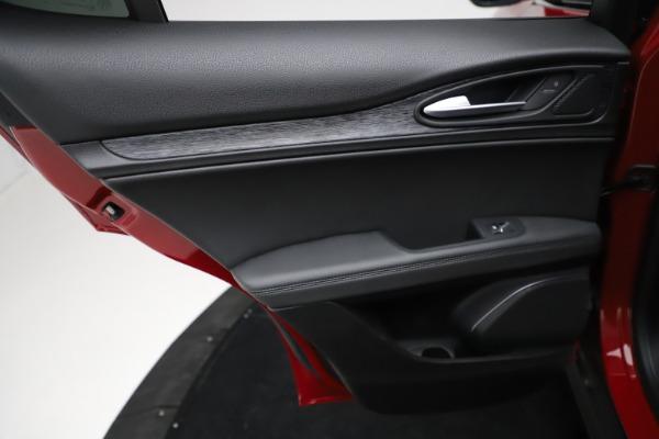 New 2021 Alfa Romeo Stelvio Q4 for sale $50,535 at Bugatti of Greenwich in Greenwich CT 06830 20