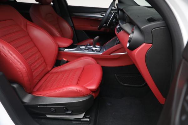 New 2021 Alfa Romeo Stelvio Ti Sport Q4 for sale $56,240 at Bugatti of Greenwich in Greenwich CT 06830 21