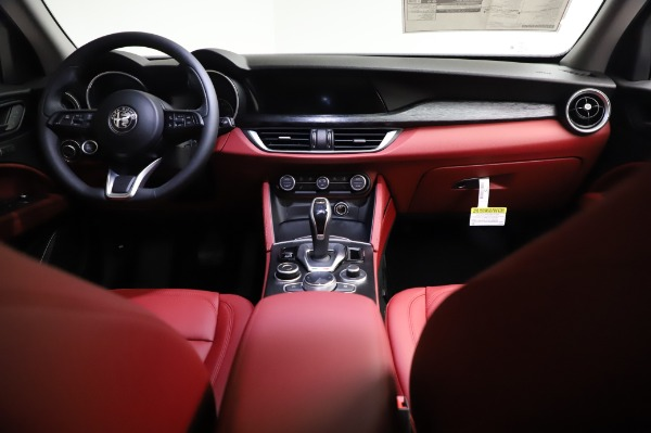 New 2021 Alfa Romeo Stelvio Q4 for sale Sold at Bugatti of Greenwich in Greenwich CT 06830 16