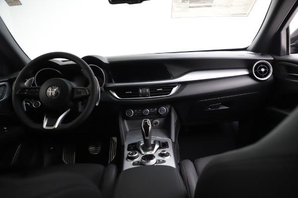 New 2021 Alfa Romeo Stelvio Ti Sport Q4 for sale $57,595 at Bugatti of Greenwich in Greenwich CT 06830 16