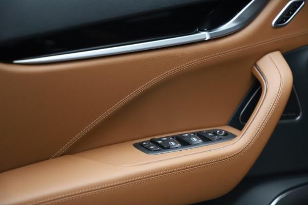 New 2021 Maserati Levante S Q4 for sale $98,925 at Bugatti of Greenwich in Greenwich CT 06830 12
