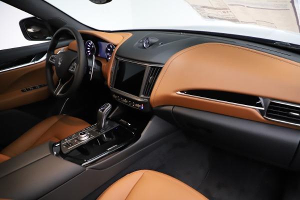 New 2021 Maserati Levante S Q4 for sale $98,925 at Bugatti of Greenwich in Greenwich CT 06830 24