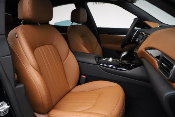 New 2021 Maserati Levante S Q4 for sale $98,925 at Bugatti of Greenwich in Greenwich CT 06830 26