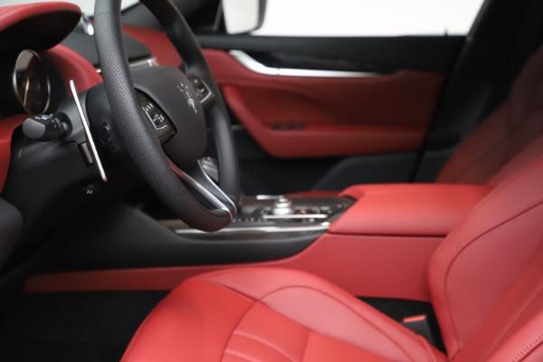 New 2021 Maserati Levante S Q4 GranSport for sale $105,835 at Bugatti of Greenwich in Greenwich CT 06830 15