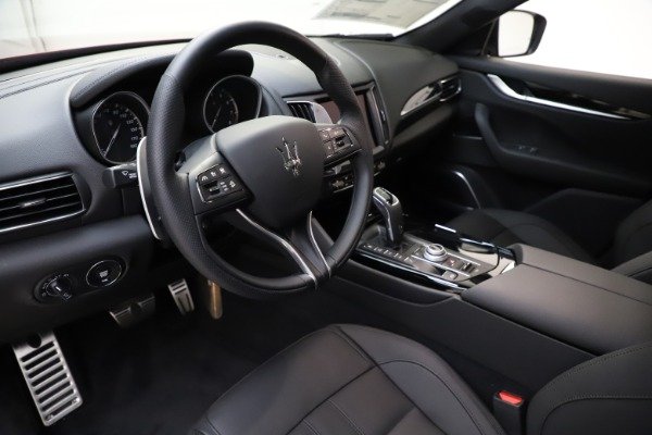New 2020 Maserati Levante S Q4 GranSport for sale $102,949 at Bugatti of Greenwich in Greenwich CT 06830 13
