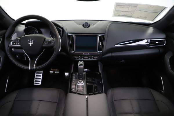New 2020 Maserati Levante S Q4 GranSport for sale $102,949 at Bugatti of Greenwich in Greenwich CT 06830 16