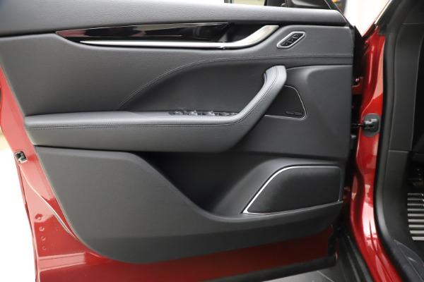 New 2020 Maserati Levante S Q4 GranSport for sale $102,949 at Bugatti of Greenwich in Greenwich CT 06830 17