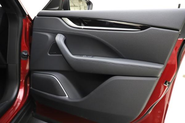 New 2020 Maserati Levante S Q4 GranSport for sale $102,949 at Bugatti of Greenwich in Greenwich CT 06830 25