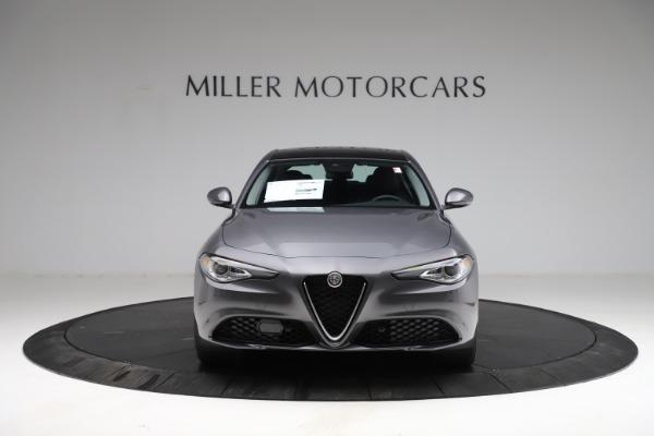 New 2021 Alfa Romeo Giulia Q4 for sale $46,895 at Bugatti of Greenwich in Greenwich CT 06830 12