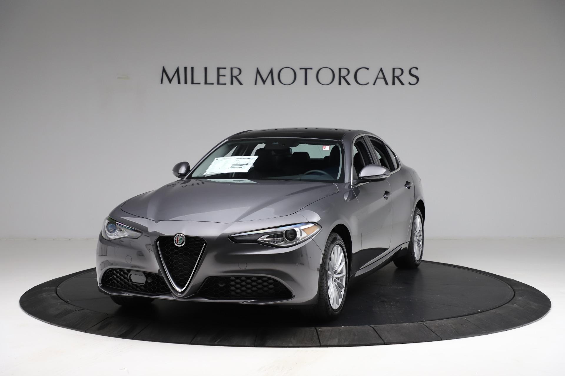 New 2021 Alfa Romeo Giulia Q4 for sale $46,895 at Bugatti of Greenwich in Greenwich CT 06830 1