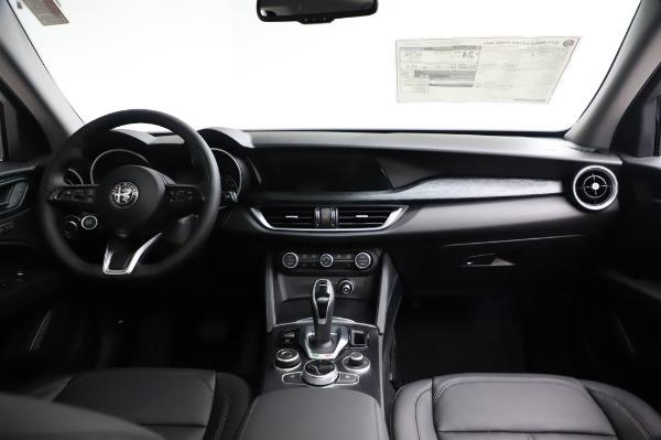 New 2021 Alfa Romeo Stelvio Q4 for sale $49,785 at Bugatti of Greenwich in Greenwich CT 06830 17