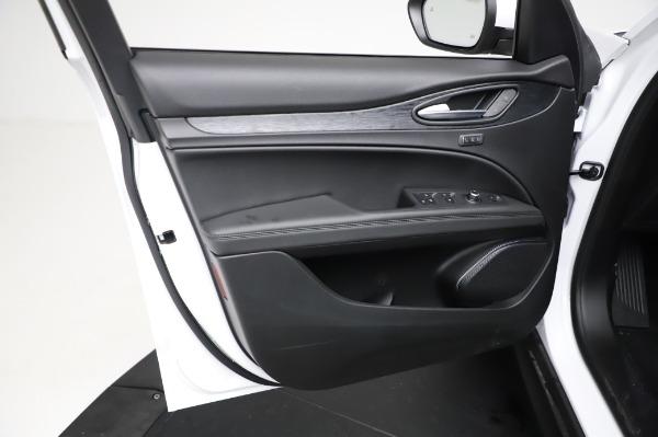 New 2021 Alfa Romeo Stelvio Q4 for sale $49,785 at Bugatti of Greenwich in Greenwich CT 06830 18
