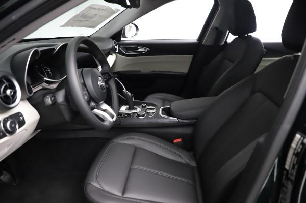 New 2021 Alfa Romeo Giulia Q4 for sale $46,895 at Bugatti of Greenwich in Greenwich CT 06830 14
