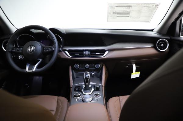 New 2021 Alfa Romeo Stelvio Ti Q4 for sale $54,000 at Bugatti of Greenwich in Greenwich CT 06830 17
