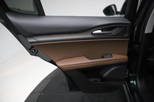 New 2021 Alfa Romeo Stelvio Ti Q4 for sale $54,000 at Bugatti of Greenwich in Greenwich CT 06830 21