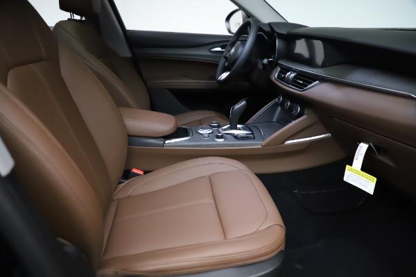 New 2021 Alfa Romeo Stelvio Ti Q4 for sale $54,000 at Bugatti of Greenwich in Greenwich CT 06830 23