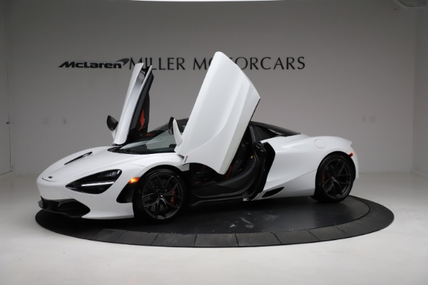 Used 2020 McLaren 720S Spider for sale Sold at Bugatti of Greenwich in Greenwich CT 06830 24