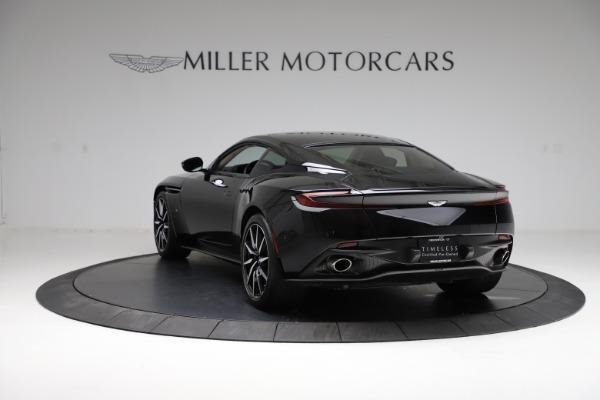 Used 2018 Aston Martin DB11 V12 for sale $159,990 at Bugatti of Greenwich in Greenwich CT 06830 4