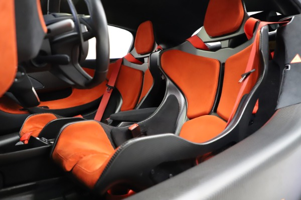 Used 2019 McLaren 600LT for sale $234,900 at Bugatti of Greenwich in Greenwich CT 06830 17