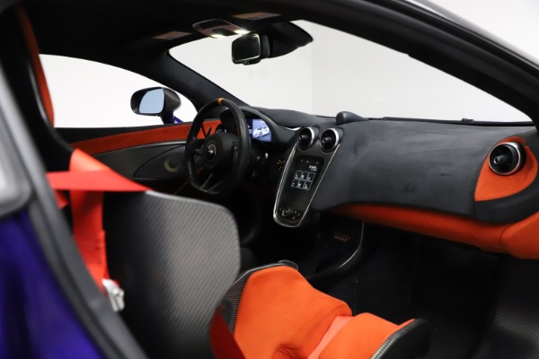 Used 2019 McLaren 600LT for sale $234,900 at Bugatti of Greenwich in Greenwich CT 06830 19