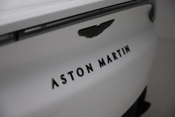 New 2021 Aston Martin DBX for sale $210,386 at Bugatti of Greenwich in Greenwich CT 06830 24
