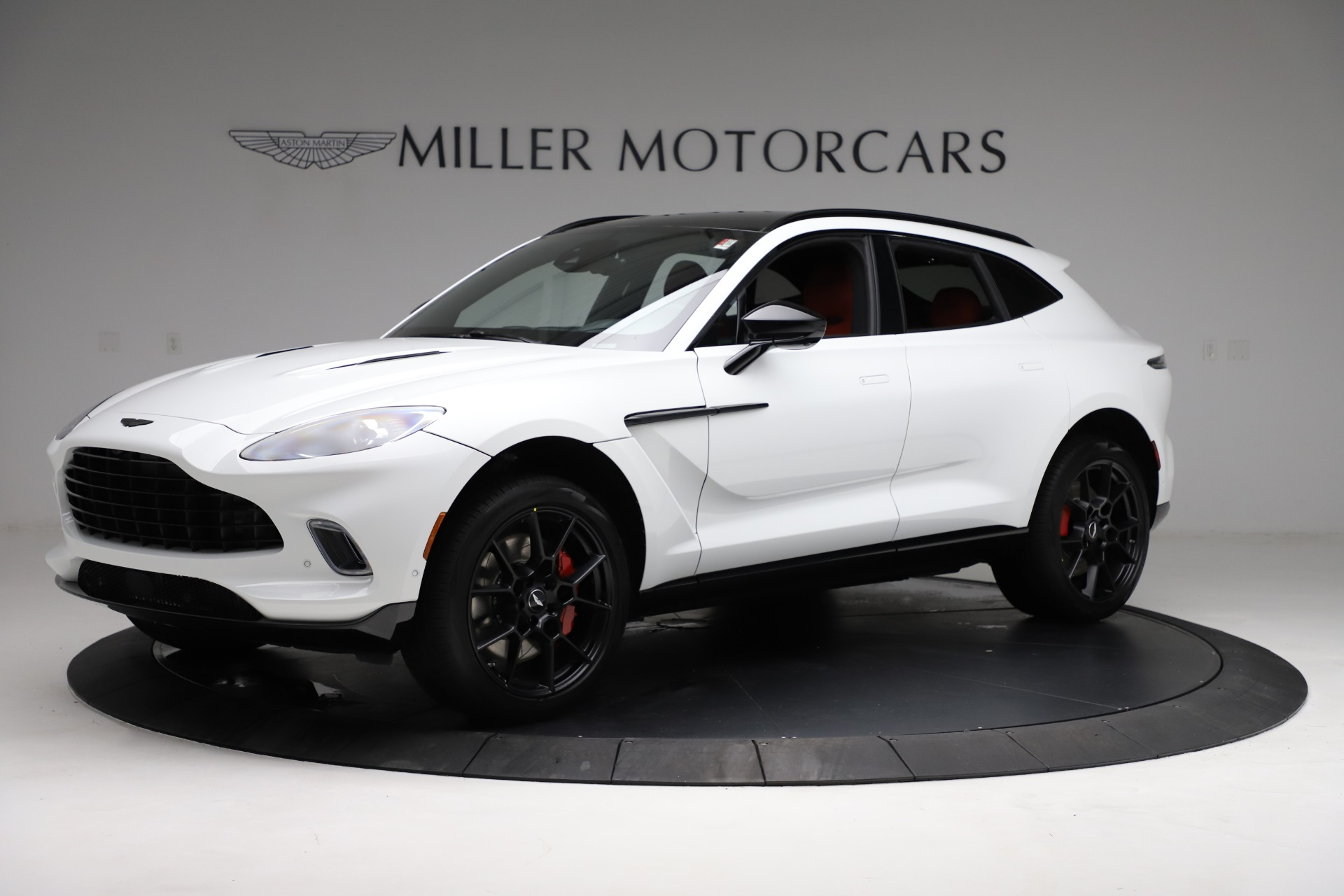 New 2021 Aston Martin DBX for sale $210,386 at Bugatti of Greenwich in Greenwich CT 06830 1