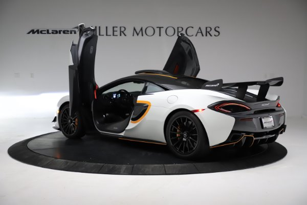 New 2020 McLaren 620R for sale $312,605 at Bugatti of Greenwich in Greenwich CT 06830 12