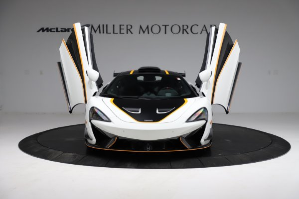 New 2020 McLaren 620R for sale $312,605 at Bugatti of Greenwich in Greenwich CT 06830 16