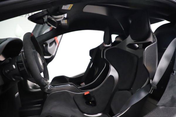 New 2020 McLaren 620R for sale $312,605 at Bugatti of Greenwich in Greenwich CT 06830 19