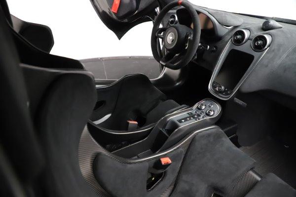 New 2020 McLaren 620R for sale $312,605 at Bugatti of Greenwich in Greenwich CT 06830 20