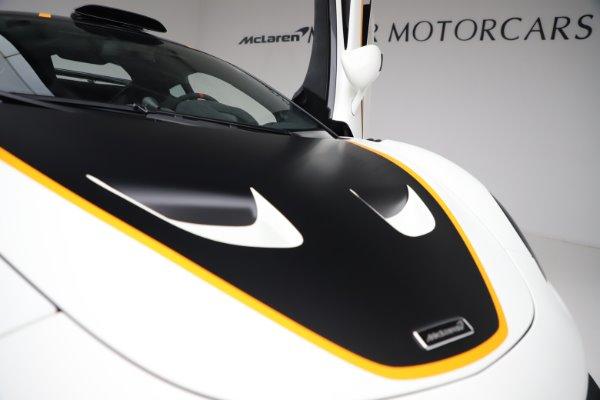 New 2020 McLaren 620R for sale $312,605 at Bugatti of Greenwich in Greenwich CT 06830 27
