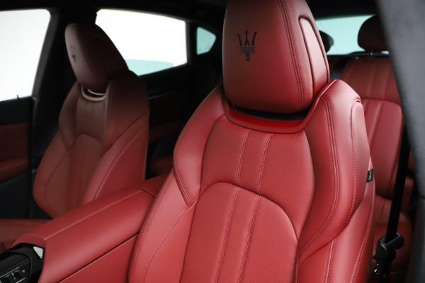 New 2021 Maserati Levante Q4 GranSport for sale $95,835 at Bugatti of Greenwich in Greenwich CT 06830 17