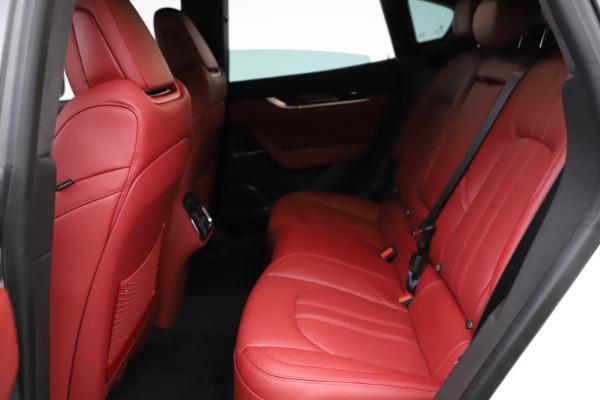 New 2021 Maserati Levante Q4 GranSport for sale $95,835 at Bugatti of Greenwich in Greenwich CT 06830 18